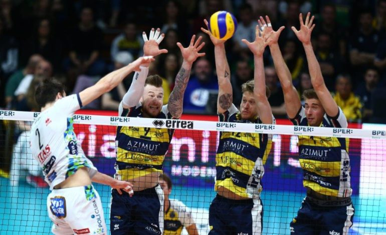 Modena volley perde 3 0 contro trento al palapanini for Casa modena volley